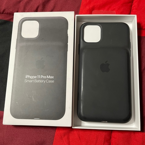 iPhone 11 Pro Max Smart Battery Charging Case